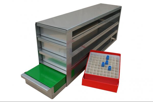 Schrankeinschub SA5044 für 4x4 Boxen (5cm, 136mm)